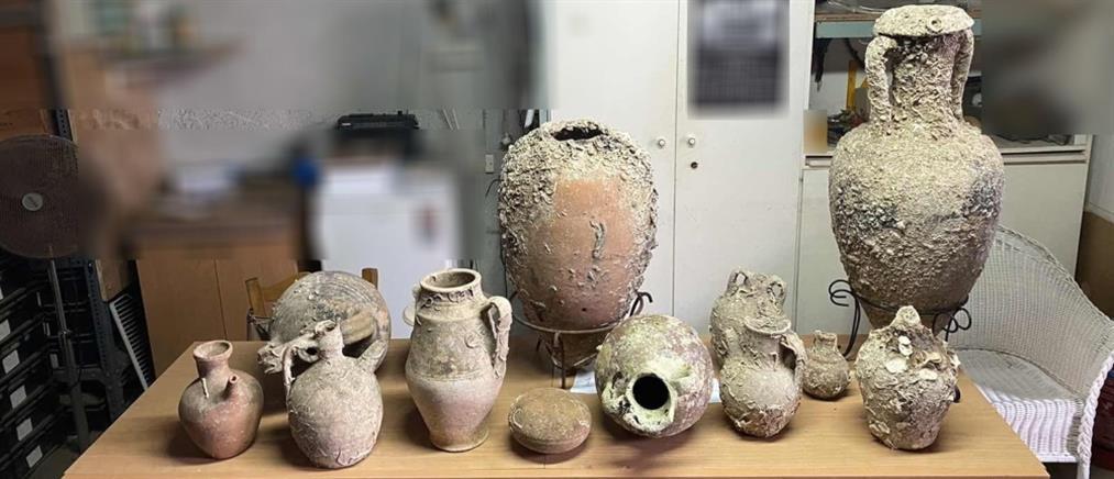 Συνελήφθη γιατί είχε στην κατοχή του αρχαιολογικό θησαυρό (εικόνες)