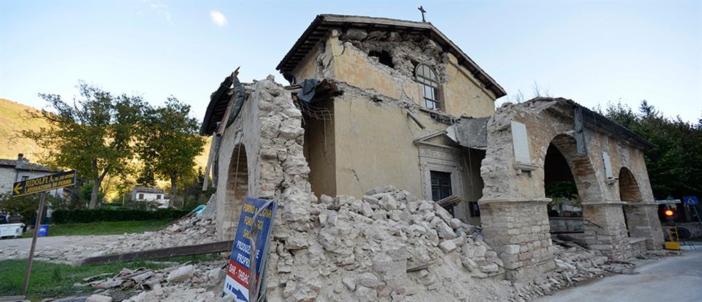 Απόγνωση και αγωνία από τους μετασεισμούς στην Ιταλία (φωτο)