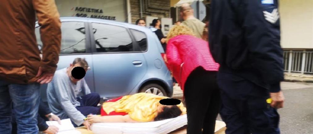 Συναγερμός για γυναίκα κρεμασμένη από κάγκελα σε μπαλκόνι (εικόνες)
