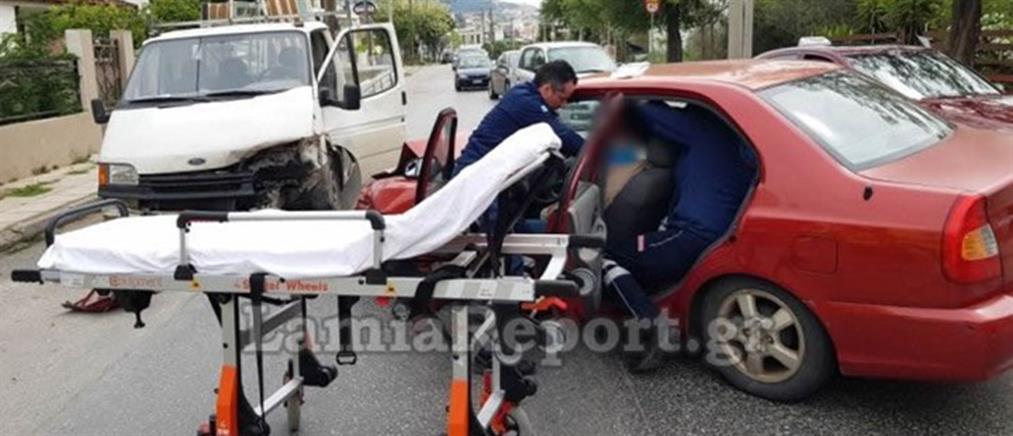 Σοβαρό τροχαίο με έναν τραυματία (εικόνες)