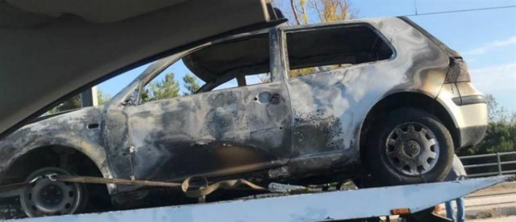Στις φλόγες τυλίχθηκε αυτοκίνητο στην Λεωφόρο Ποσειδώνος
