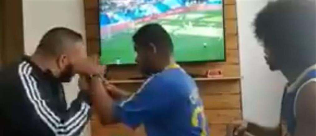 """Συγκλονιστικό βίντεο: Τυφλός και κωφός φίλαθλος """"βλέπει"""" το γκολ του Κουτίνιο"""