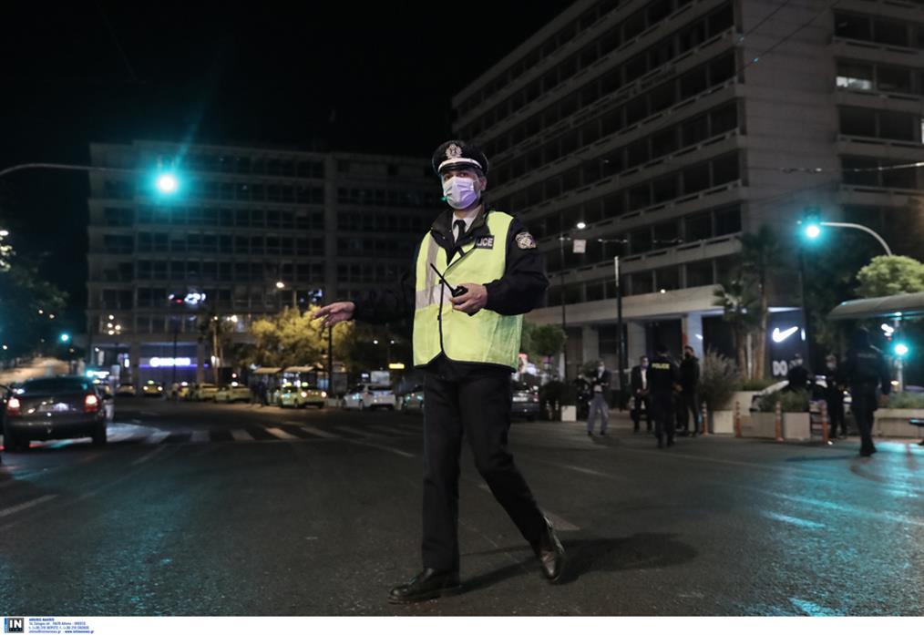 μέτρα - κορονοϊός - απαγόρευση κυκλοφορίας - Αθήνα - άδειοι δρόμοι