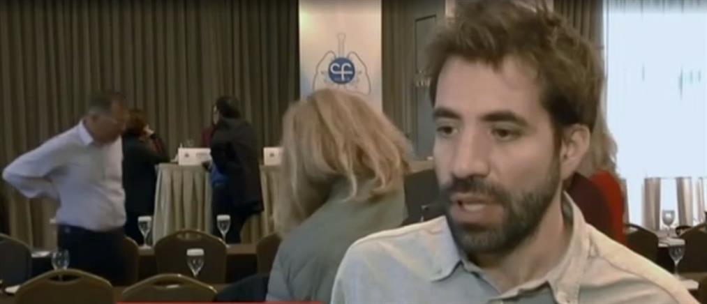 Δημήτρης Κοντοπίδης: αρνήθηκε την μεταμόσχευση πνευμόνων ζητώντας την κυκλοφορία φαρμάκου για την κυστική ίνωση (βίντεο)