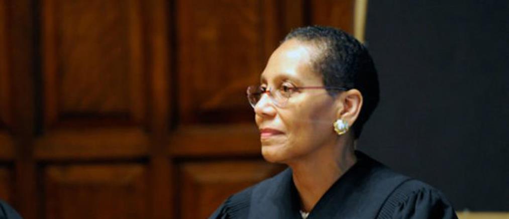 Νεκρή βρέθηκε η πρώτη μουσουλμάνα δικαστής στις ΗΠΑ
