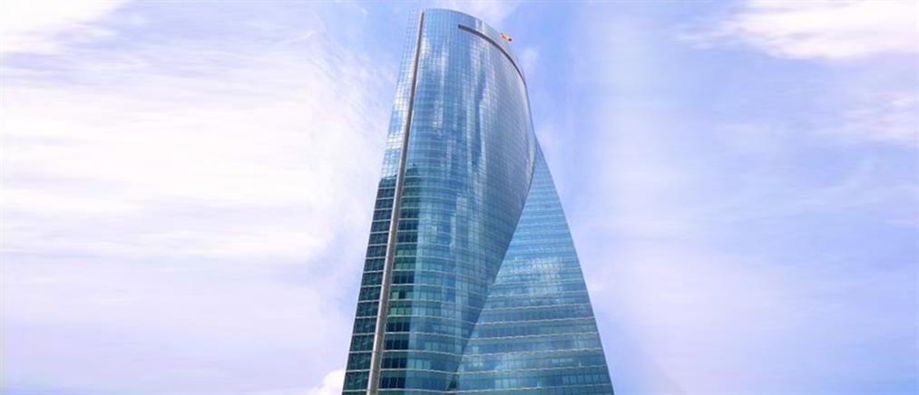Εκκένωση ουρανοξύστη στην Μαδρίτη