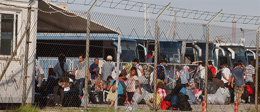 Στη βόρεια Ελλάδα οι πρόσφυγες από τη Λέσβο (εικόνες)
