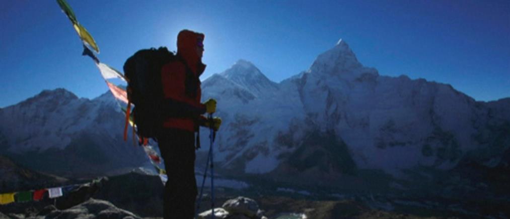Κι άλλος νεκρός ορειβάτης στο Έβερεστ (βίντεο)
