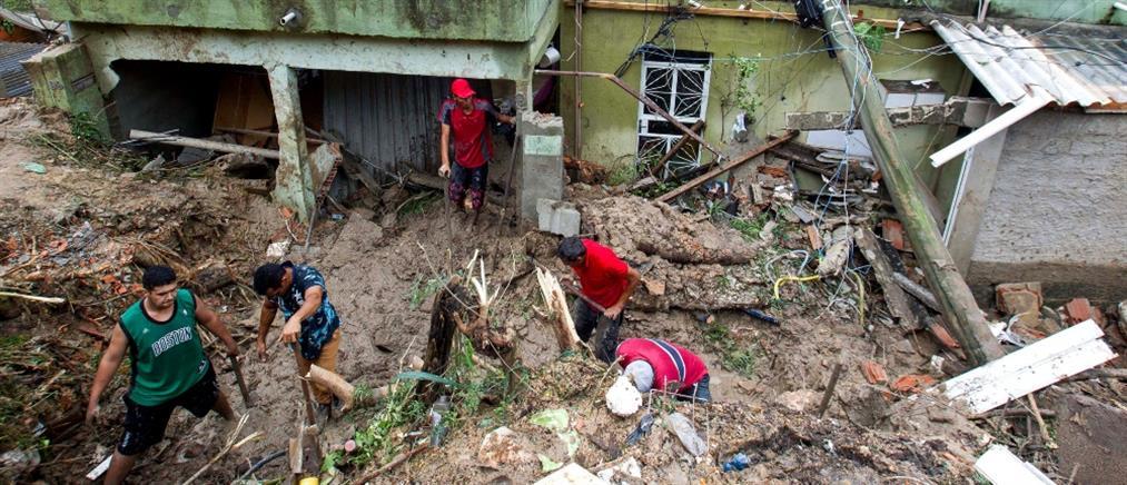 Ρεκόρ βροχής και φονικές πλημμύρες στην Βραζιλία (εικόνες)