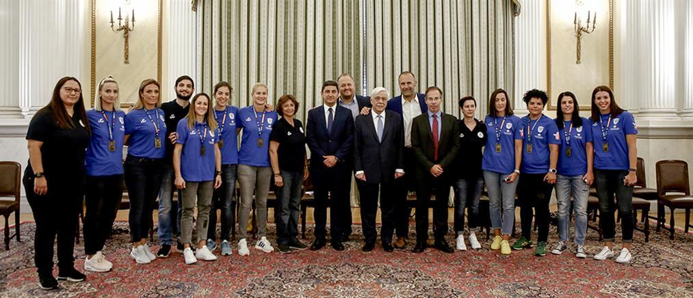 Στον Πρόεδρο της Δημοκρατίας η Εθνική Ομάδα Μπάσκετ Κωφών Γυναικών
