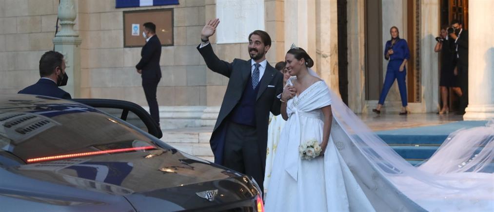 Φίλιππος - Νίνα Φλορ: Λαμπερές παρουσίες στη γαμήλια δεξίωση (εικόνες)