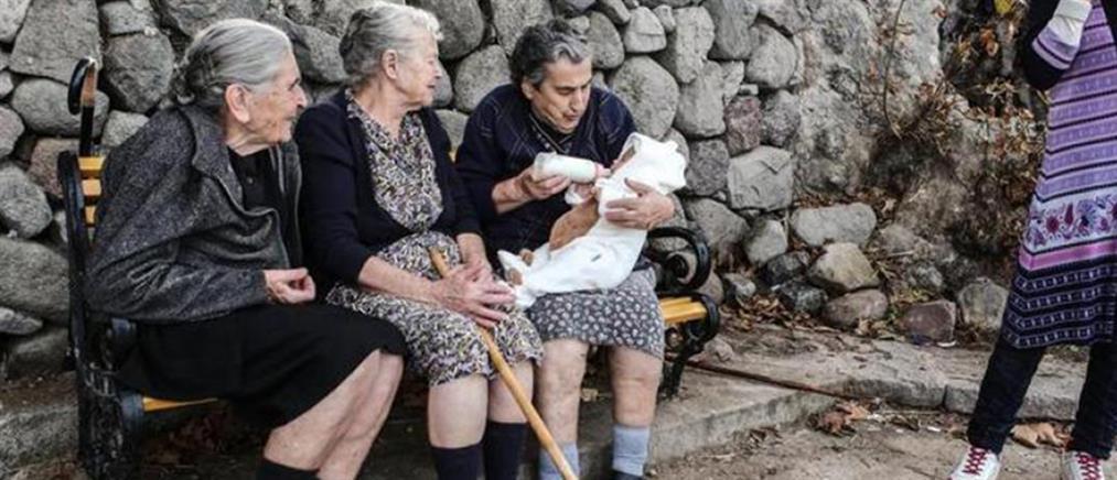 Πέθανε η γιαγιά Μαρίτσα, σύμβολο αλληλεγγύης στους πρόσφυγες (εικόνες)