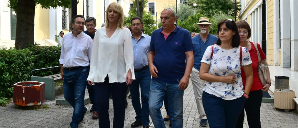 Ρένα Δούρου: Ελεύθερη μετά την απολογία για την τραγωδία στην Μάνδρα