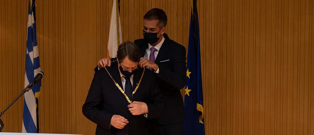 Χρυσό Μετάλλιο Αξίας της Πόλεως των Αθηνών στον Νίκο Αναστασιάδη (εικόνες)
