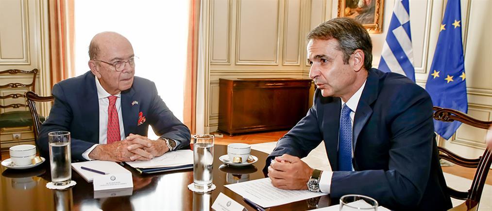 Μητσοτάκης - Ρος συζήτησαν για τις επενδυτικές ευκαιρίες στην Ελλάδα (εικόνες)