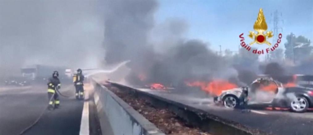 Ιταλία: Φονική σύγκρουση φορτηγών που τυλίχθηκαν στις φλόγες (βίντεο)