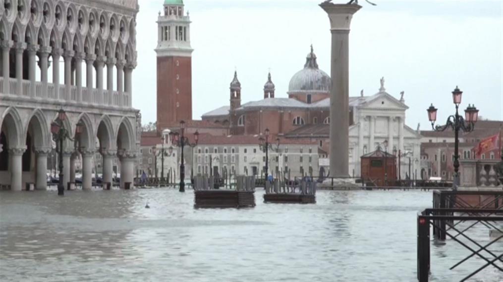 Βενετία: πλημμύρισε για τρίτη φορά μέσα σε μια εβδομάδα