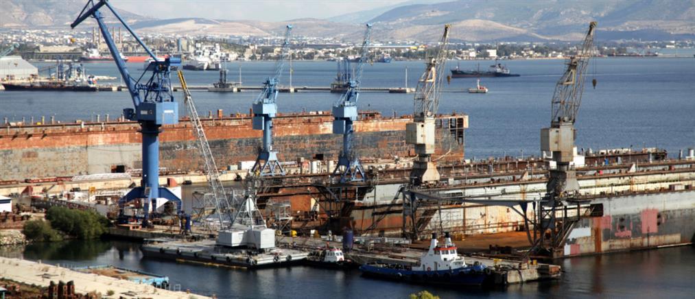 Επαφές Δραγασάκη για τα ναυπηγεία Ελευσίνας και Σκαραμαγκά