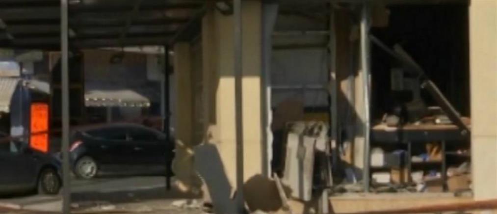 """Παιανία: """"Ισοπεδώθηκε"""" κατάστημα από έκρηξη σε ATM!"""