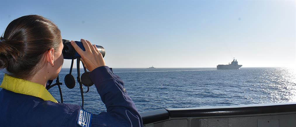 Γαλλικό πολεμικό πλοίο και μαχητικά αεροσκάφη έφθασαν στην Κρήτη