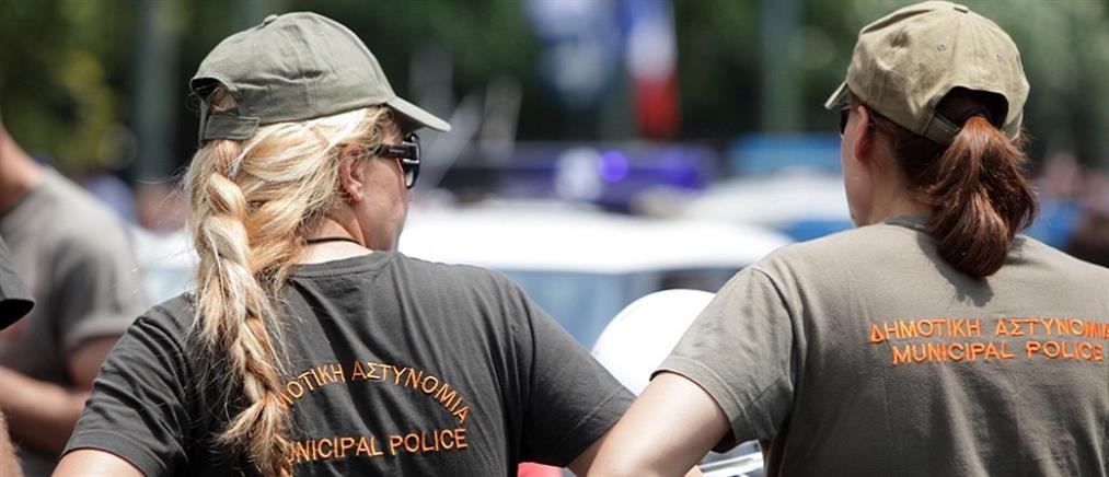 Χαροπαλεύει η δημοτική αστυνομικός που τραυματίστηκε σε κόντρα οδηγών