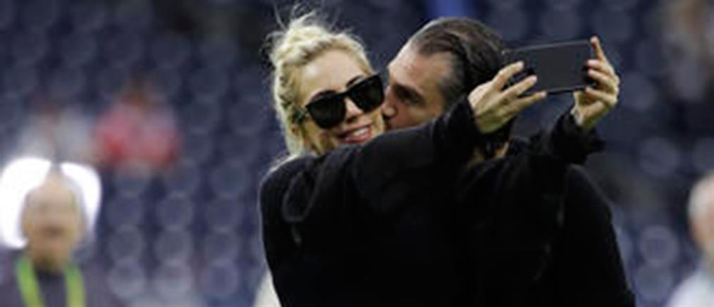 Χώρισε η Lady Gaga με τον αρραβωνιαστικό της