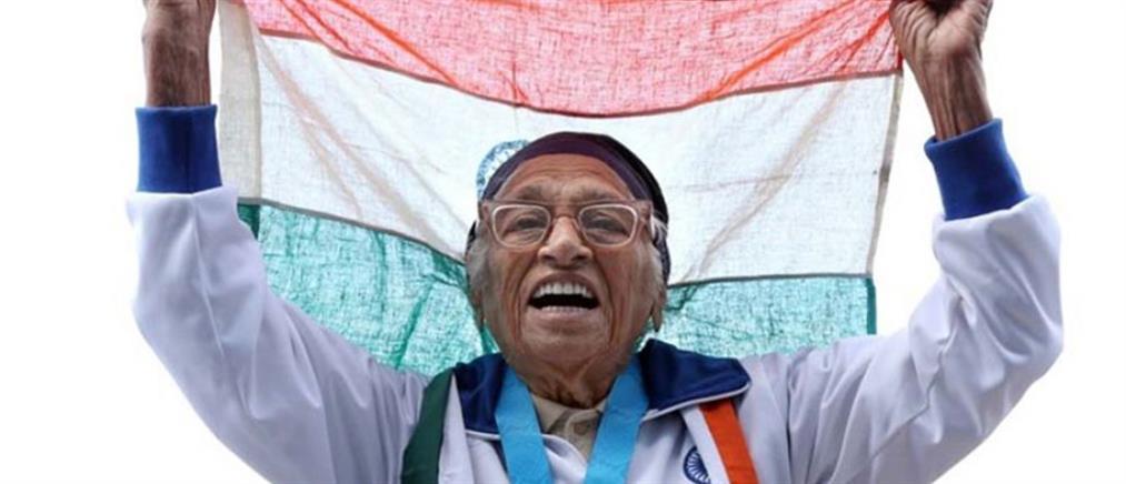 """Υπεραιωνόβια Ινδή έκανε παγκόσμιο ρεκόρ στα 100 μέτρα γυναικών """"τρίτης ηλικίας"""""""