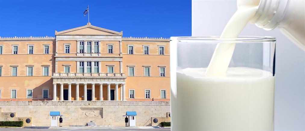 Μεγαλώνει το «αντάρτικο» για το γάλα