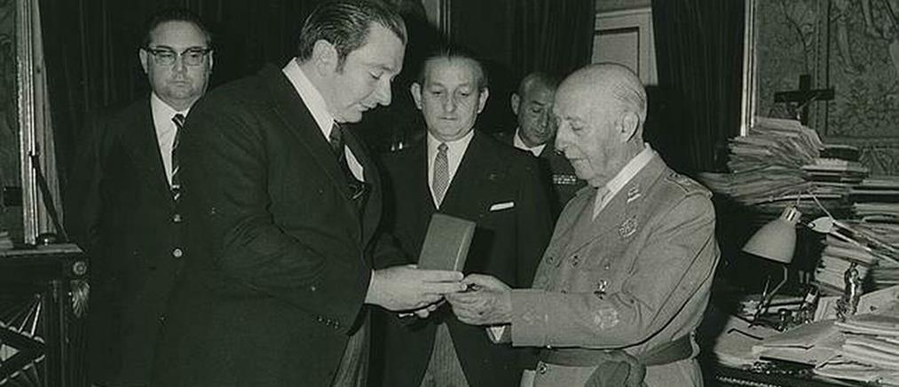 Η Μπαρτσελόνα ακύρωσε τα τιμητικά μετάλλια στον Φράνκο