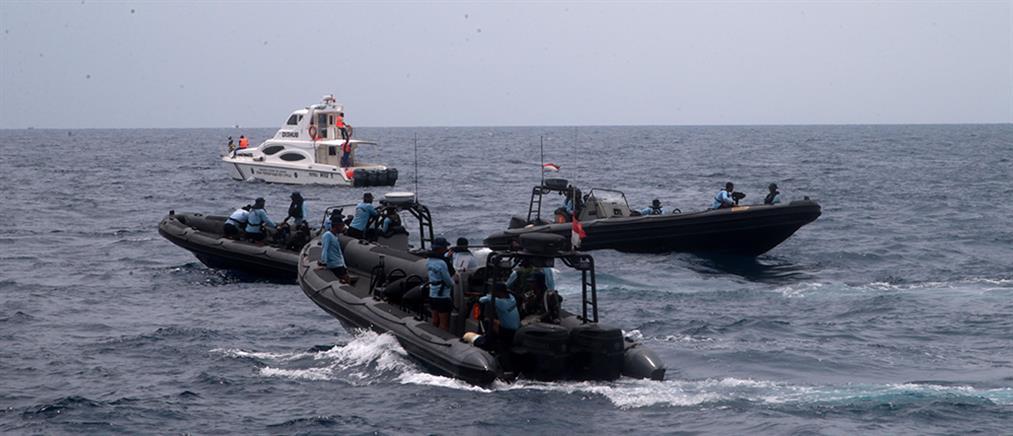 Εντοπίστηκε η άτρακτος του αεροσκάφους που συνετρίβη στην Ινδονησία