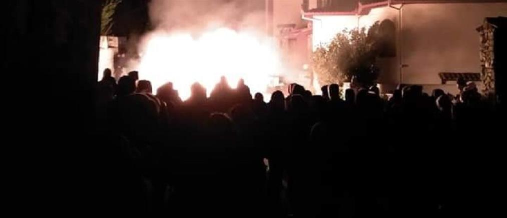Έβαλαν φωτιά σε ξενοδοχείο που θα φιλοξενούσε πρόσφυγες