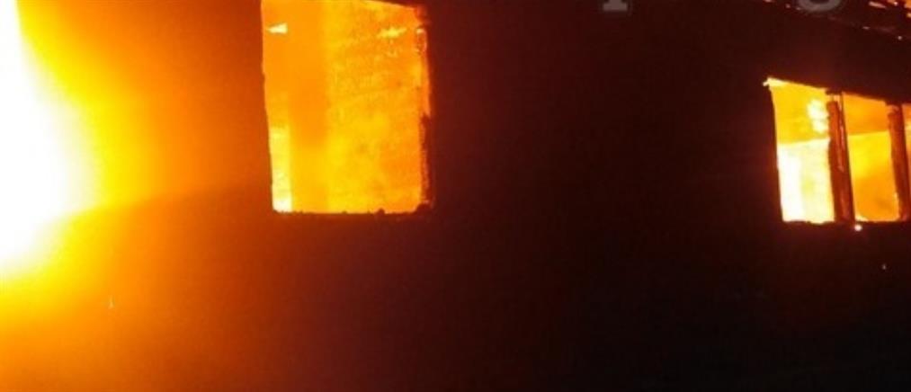 Φωτιά σε διώροφη κατοικία