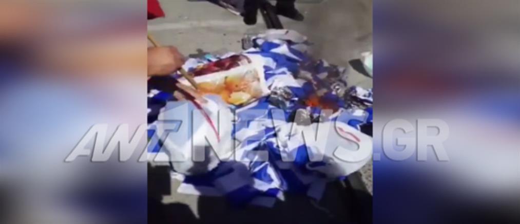 """Αποκλειστικό: βίντεο ντοκουμέντο με Σκοπιανούς που καίνε ένα """"βουνό"""" ελληνικές σημαίες"""