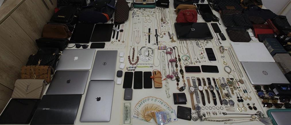 """Μύκονος: Συλλήψεις σπείρας """"ποντικών"""" με προτίμηση σε... βίλες (εικόνες)"""