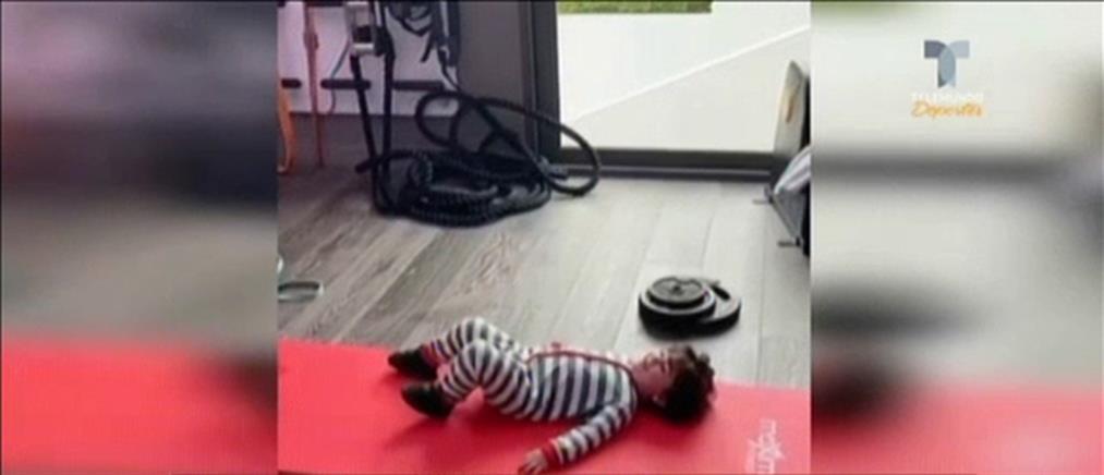 Προπονήσεις κατ΄ οίκον και με τον καλύτερο… βοηθό για τον Μέσι (βίντεο)