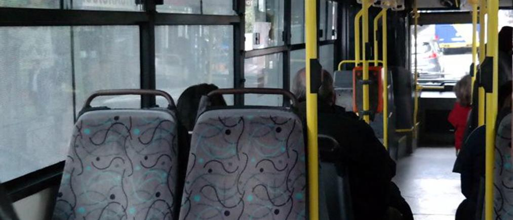 Προσποιούμενοι τους επιβάτες έκλεψαν οδηγό λεωφορείου