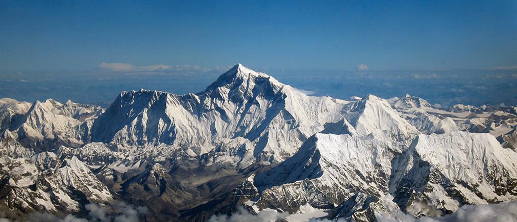 Κι άλλος νεκρός ορειβάτης στο Έβερεστ
