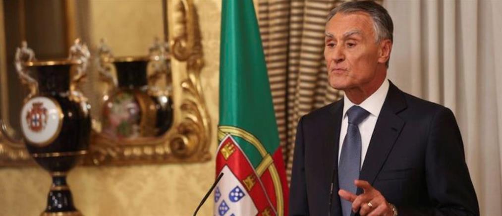 Η δημοκρατία πνέει τα λοίσθια στην Πορτογαλία