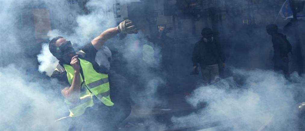 Παρίσι: Άγρια επεισόδια στην πορεία για την Εργατική Πρωτομαγιά (εικόνες)