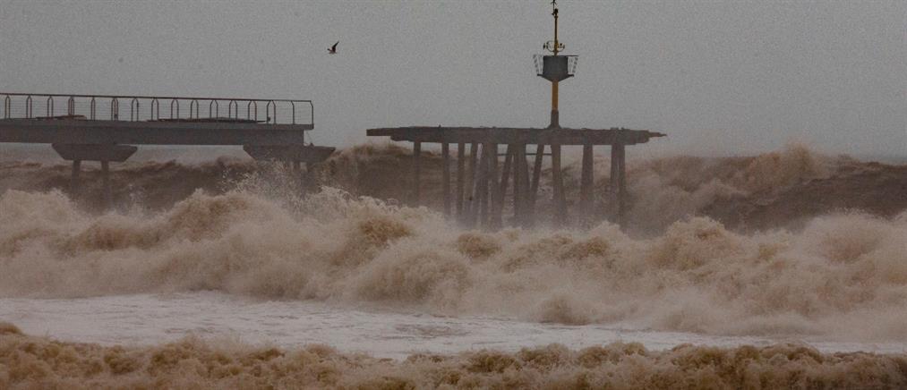 """Νεκροί από την καταιγίδα """"Γκλόρια"""" στην Ισπανία (εικόνες)"""
