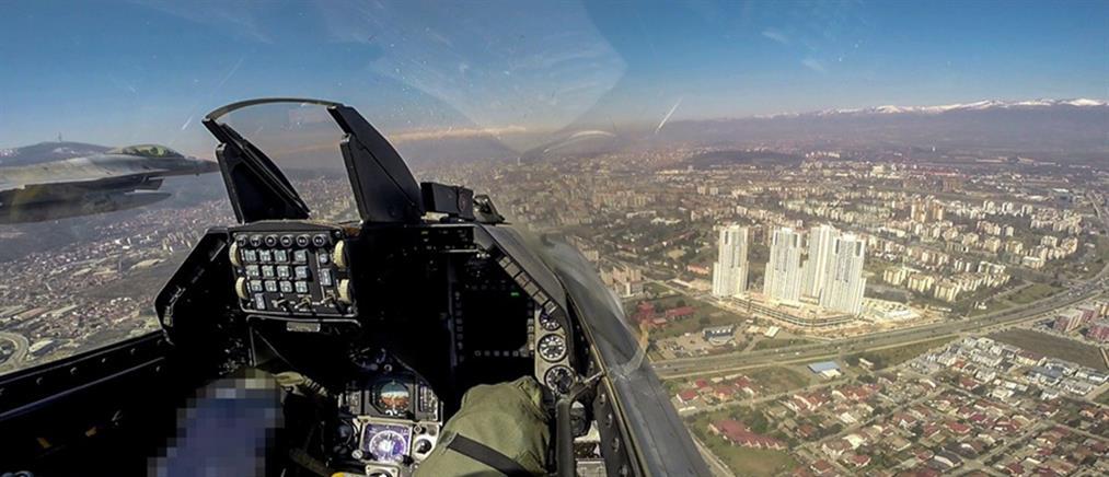 Ελληνικά F-16 πέταξαν πάνω από τα Σκόπια (εικόνες)