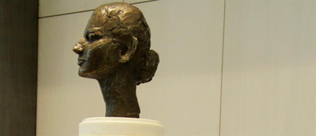 Αποκαλύφθηκε η προτομή της Μαρίας Κάλλας στο Μέγαρο