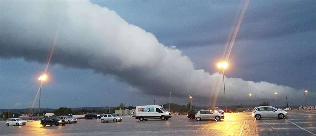 Roll Cloud: Το εντυπωσιακό σύννεφο που σκέπασε την Αττική (εικόνες)