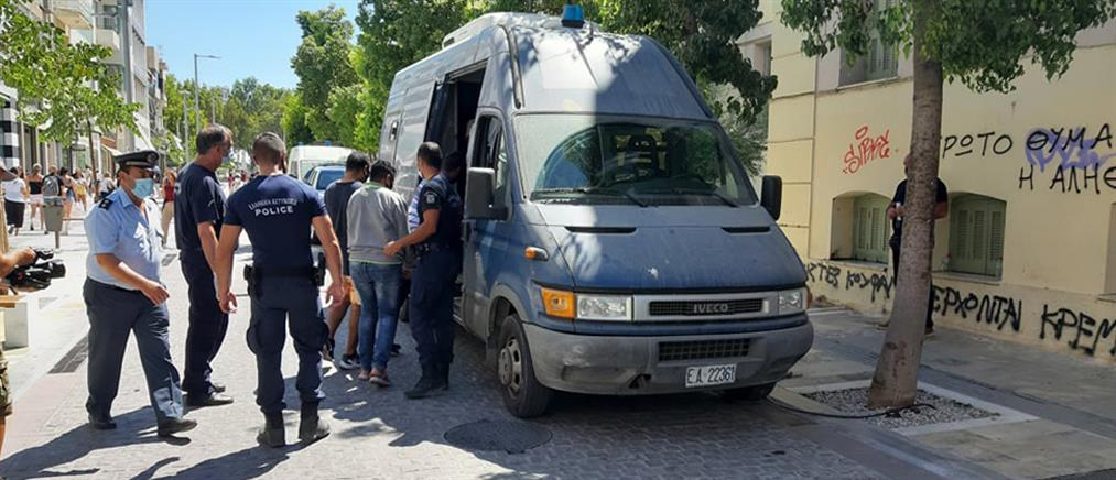 Τυμπάκι: Βαριές διώξεις σε αλλοδαπούς για τις συμπλοκές