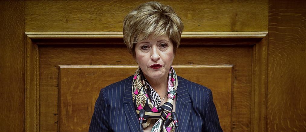 Μαρία Κόλλια – Τσαρουχά: ούτε προδότης των ΑΝΕΛ ούτε κατά της Κυβέρνησης