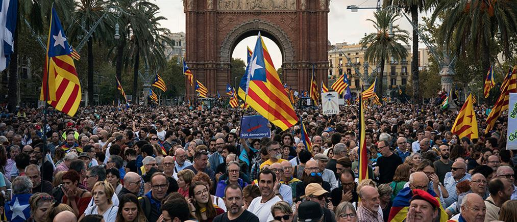 """Το καταλανικό """"παράδοξο"""" στις εκλογές της Ισπανίας"""