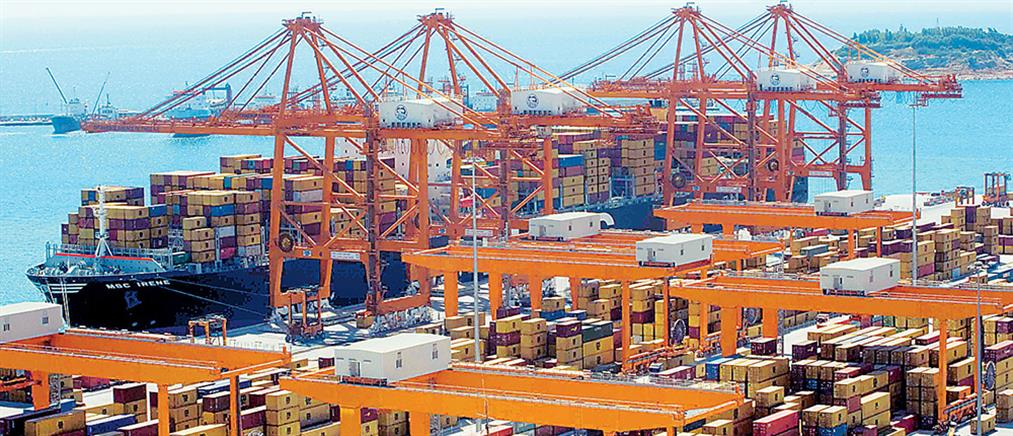 «Μακροβούτι» σε εισαγωγές-εξαγωγές λόγω capital control