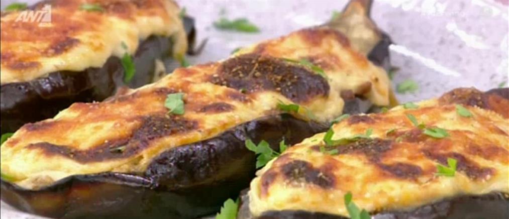 Συνταγή για μελιτζάνες παπουτσάκια από τον Πέτρο Συρίγο (βίντεο)