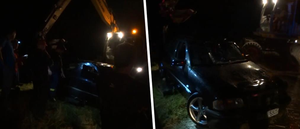 Νεκρός βρέθηκε ο οδηγός που έπεσε σε αρδευτικό κανάλι (βίντεο)