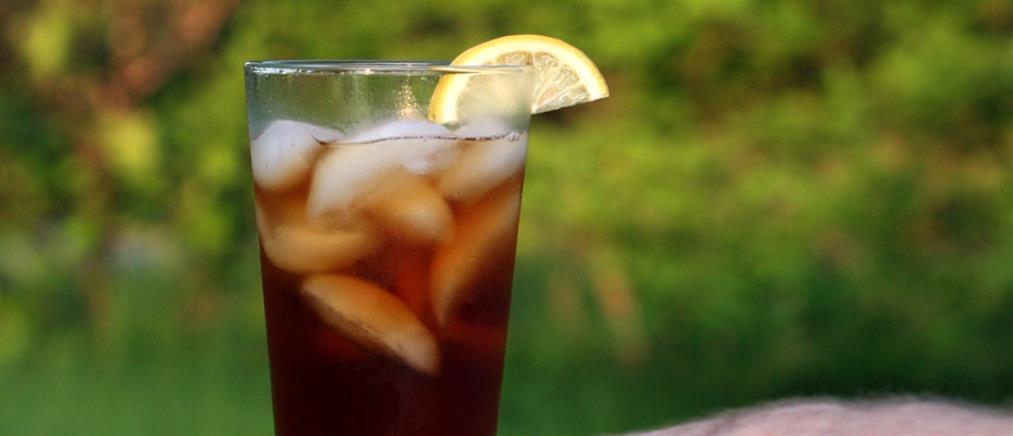 Φτιάξε παγωμένο τσάι με λεμόνι και βασιλικό και εντυπωσίασε τους φίλους σου!